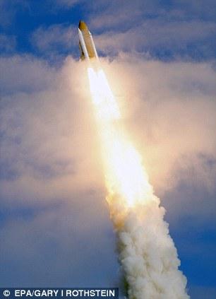 أتلانتيس atlantis إلى محطة الفضاء الدولية