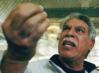 حسن شحاتة مدرب منتخب مصر
